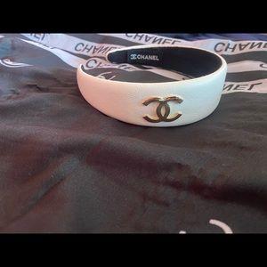 Chanel hairband